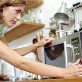 Що можна приготувати в мікрохвильовій печі швидко