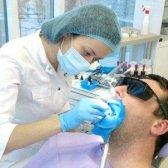 Що таке клиновидний дефект зуба