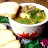 Грибний суп з кальмаром