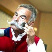 Як з'явилася мода закручувати вуса