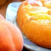 Як приготувати персиковий пиріг