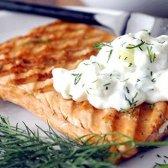 Як приготувати рибу під соусом з йогурту?