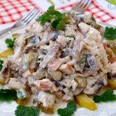 Як приготувати салат з копченого курячого м'яса
