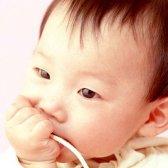 Як привчити місячної дитини засинати