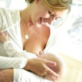 Правила годування груддю дитину