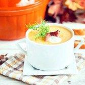 Вершковий суп з гарбуза з беконом