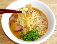 Швидкорозчинні супи: користь і шкода