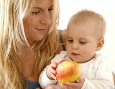 Чим годувати дитину в 7 місяців