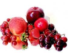 Чим корисні червоні овочі та фрукти