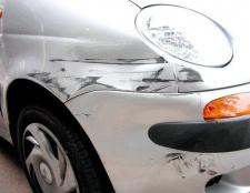 Що робити, якщо подряпали машину, а платити відмовляються