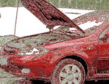 Що можна знайти під капотом легкового автомобіля