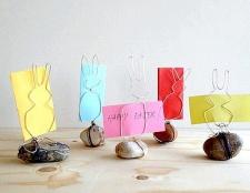 Тримачі для паперу у формі кроликів