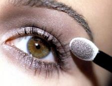 Денний макіяж: очі і губи