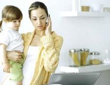 Де працювати жінці з немовлям