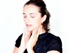 Як лікувати горло народними засобами