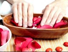 Як лікувати растрескавшиеся пальці рук