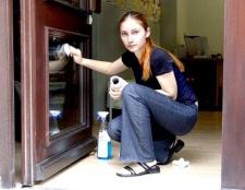 Як знайти хорошу і недорогу прибиральницю в офіс