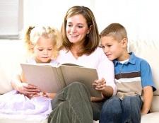 Як навчити дитину любити читати книги