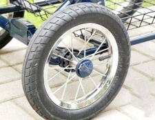 Як відремонтувати колесо від дитячої коляски