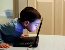 Як відволікти дитину від комп'ютера на час літніх канікул