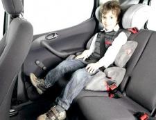 Як перевозити дитину в таксі