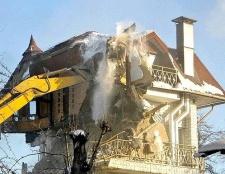 Як за законом зобов'язані відшкодуваті майно, якщо житло зносять