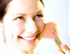 Як правильно підібрати пудру для обличчя