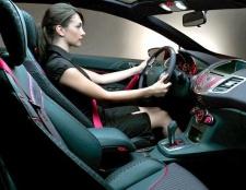 Як правильно рушати з місця на автомобілі