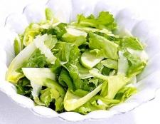 Як приготувати легкий зелений салат