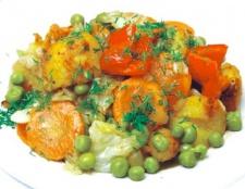 Як приготувати рагу овочеве з кабачків, картоплі та помідорів
