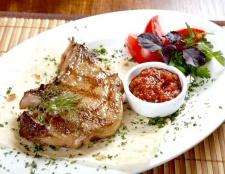 Як приготувати смачне і просте блюдо зі свининою