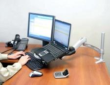 Як приєднати монітор до ноутбука