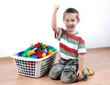 Як привчити малюка прибирати іграшки?