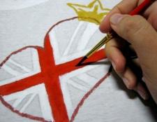 Як розписати футболку акриловими фарбами