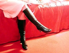 Як розносити замшеві зимові чоботи