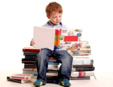 Як розвинути у дитини любов до читання