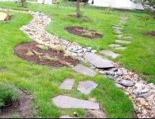 Як самостійно зробити кам'яні доріжки на дачі