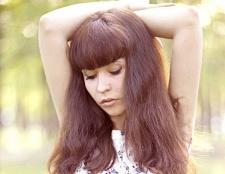 Як зробити зачіски для довгого волосся з чубчиком