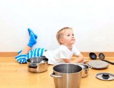 Як поєднати роботу по дому і заняття з дитиною