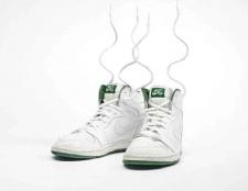 Як прибрати неприємний запах від взуття