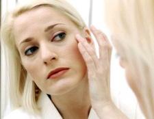 Як прибрати набряки на обличчі
