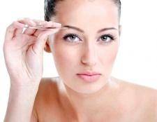 Як прибрати роздратування після вищипування брів