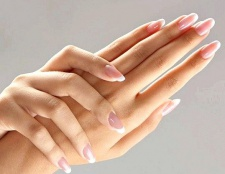 Як доглядати за нігтями і руками в домашніх умовах