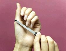 Як доглядати за нігтями в домашніх умовах