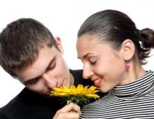 Як дізнатися, чому хлопець не цілується з дівчиною