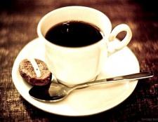Як впливає кава на організм людини?