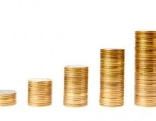 Як виникає дефіцит і надлишок товару на ринку