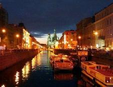 Як вибрати готель економ класу в санкт-Петербурзі