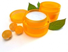 Як вибрати крем для дуже сухої шкіри обличчя
