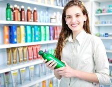Як вибрати шампунь для жирного волосся